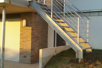 Treppenanlage mit Aussengeländer