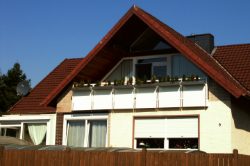 Balkon unter Dachschräge